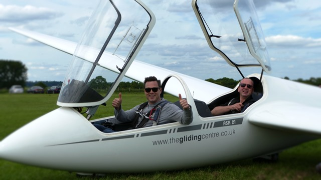 Blake Pain, glider flight