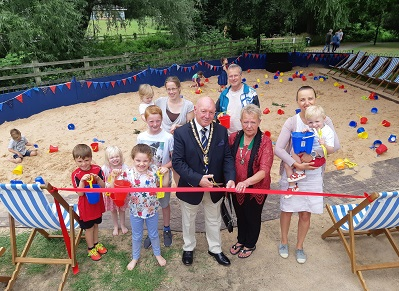 Sand pit unveiling at Welland Park
